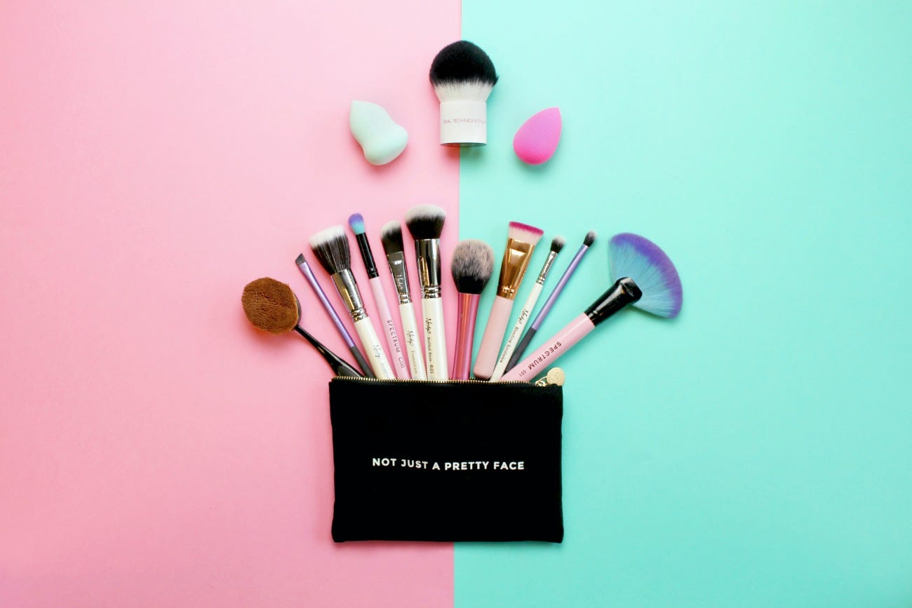 beginners-guide-makeup-brushes-latest-in-beauty