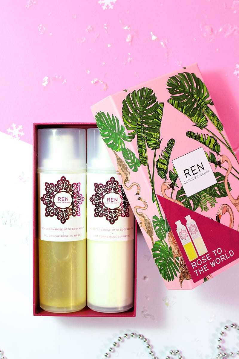 ren-christmas-rose-to-the-world