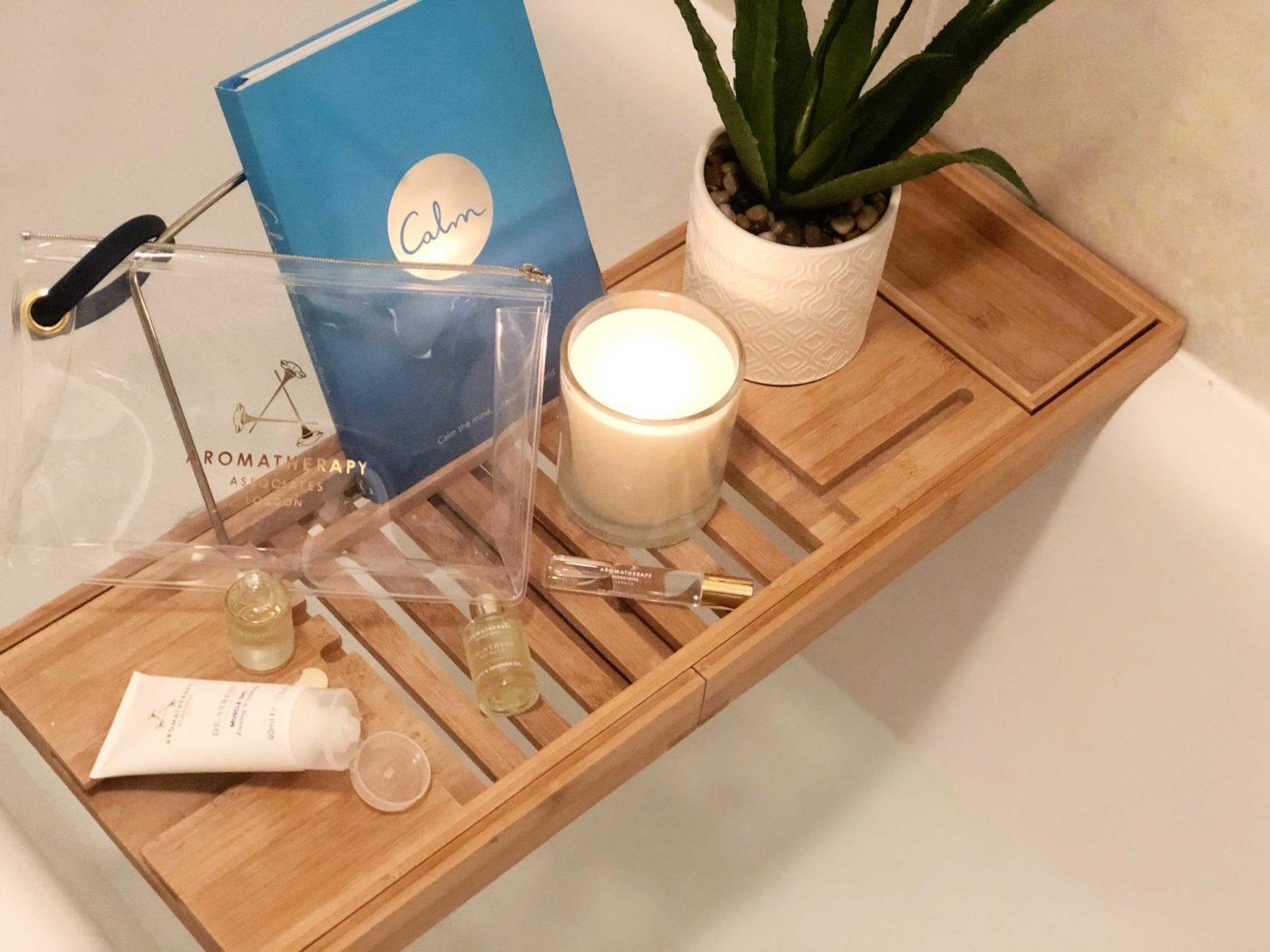 de-stress-tips-aromatherapy-associates