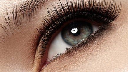 red-letter-days-eyelashes